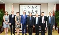王安顺副主任会见捷克前总理索博特卡一行