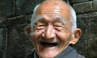 长寿老人的经验:晨起不做2件事,睡前远离2件事,养生效果好