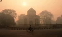 印度首都空气污染严重 为治雾霾关闭煤电站