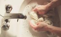 洗衣服用它泡一泡,不用搓不伤手,洗完跟新的一样~