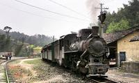 """全国唯一""""蒸汽""""火车,2小时仅能跑19公里,票价高达100元"""