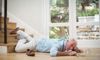 老年人跌倒怎么办