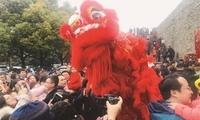 丰富活动吸眼球 春节期间27万人次游南京城墙