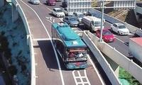 济南首条走高架穿隧道BRT线路开通 缩短东南双向车程