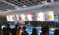 现场实拍上海宜家餐厅里的食物价格,你看看是不是比中国商家卖得便宜?