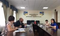 驻敖德萨代总领事陈玉荣赴尼古拉耶夫州考察调研