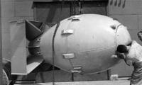 日本能不能造出原子弹?真相曝光:一手有技术,一手有材料,当心了