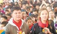 李锐发起公益支教计划:帮助孩子不仅要用心用情