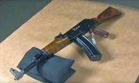 多数人以为这三种枪不能连续射击,其实真实情况是这样的!