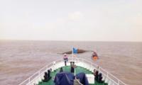 江苏盐城海域两渔船相撞一船翻扣9人遇险(组图)