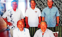日本南北两名90多岁高龄现役运动员首次见面 探讨长寿秘诀